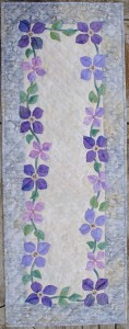 Clematis-Table-Runner